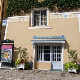 Office de tourisme du pays d issoire tours 9 place - Office du tourisme val d isere telephone ...