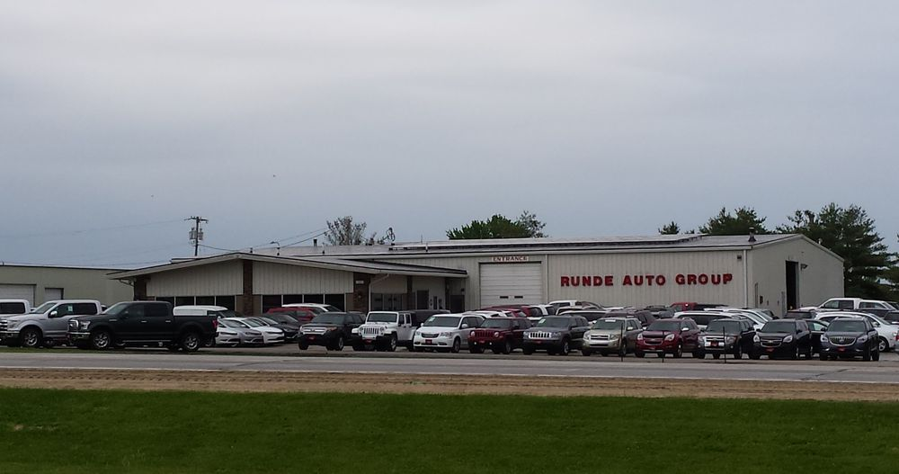 Runde Auto Group: 1221 W Main St, Manchester, IA