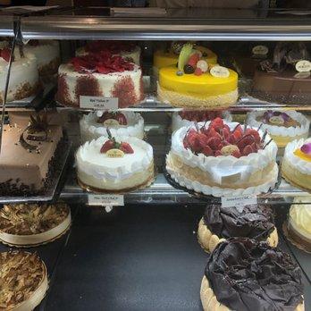 Porto's Bakery & Cafe - 9006 Photos & 8390 Reviews - Bakeries - 315 ...