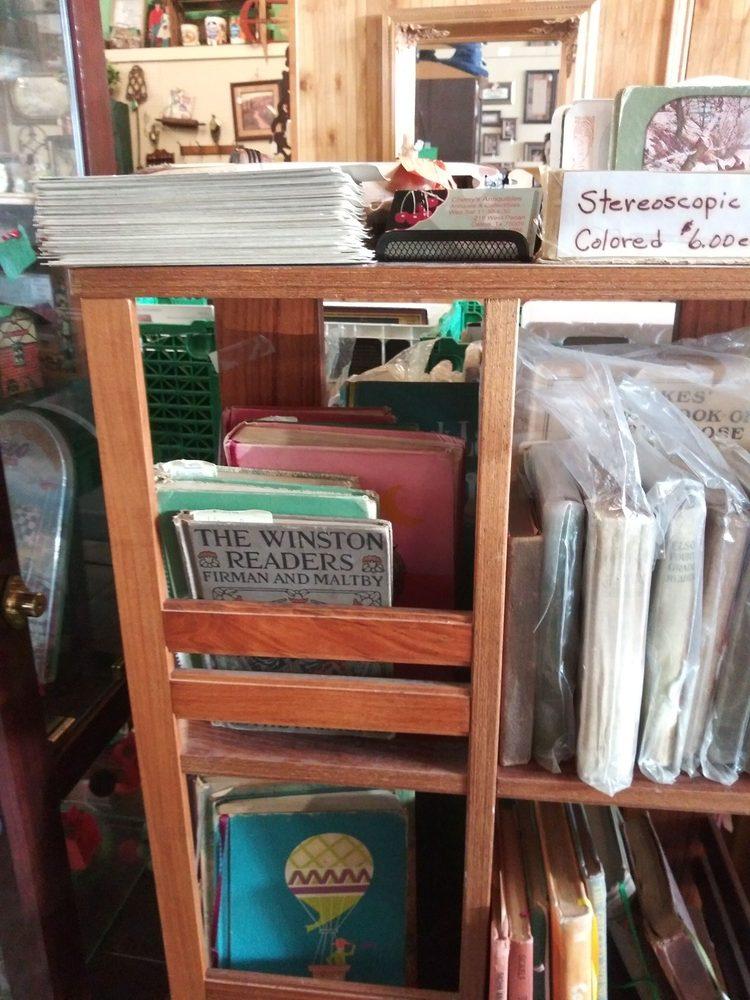 Cherry's Antiquibles: 219 W Pecan St, Celina, TX