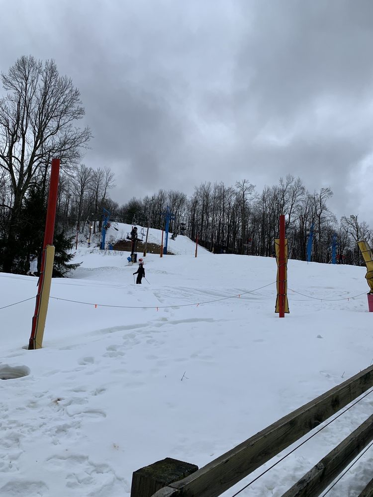 Winterplace Ski Resort: 100 Old Flat Top Mountain Rd, Ghent, WV