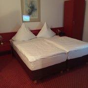 Airfield Hotel Restaurant Hotels Otto Lilienthal Str 23