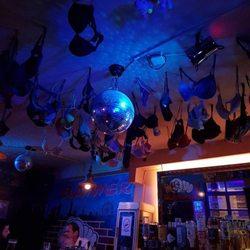 Slammerbar - Dive Bars - Seitenstettengasse 5, Bermudadreieck