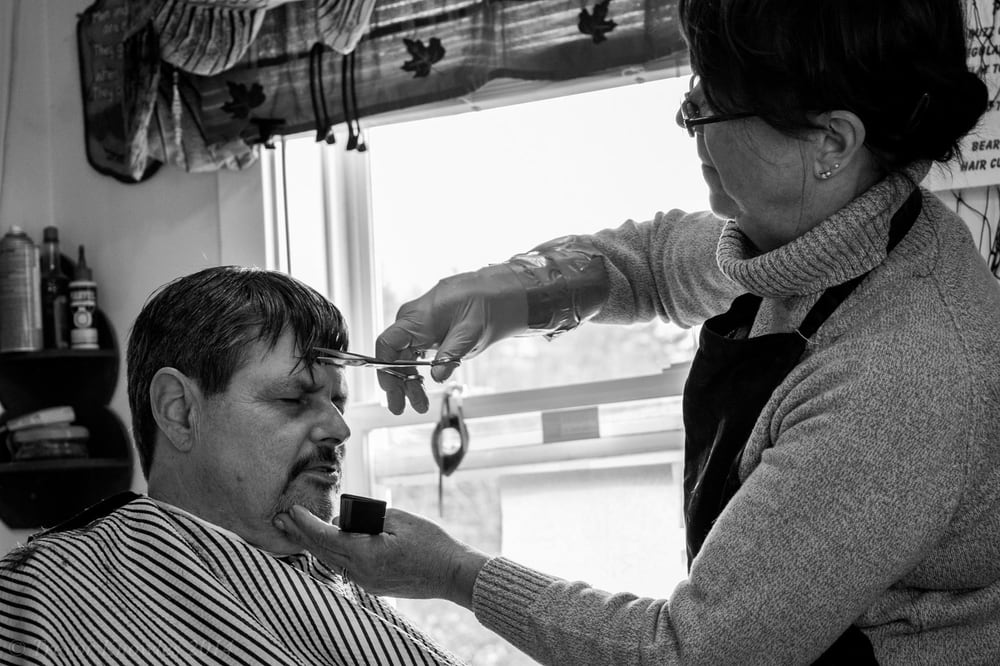Frankfort Barber Shop: 32 Main Rd S, Frankfort, ME