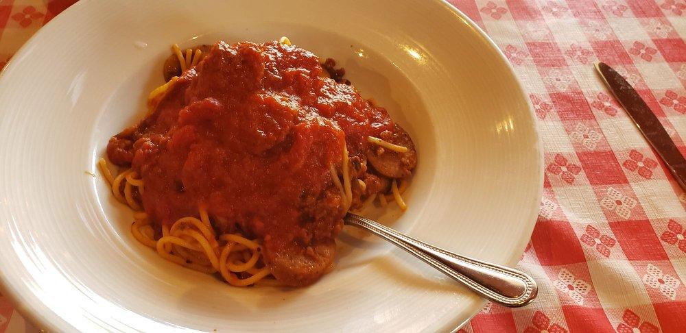 Gio's Italian Restaurant: 101 W Main St, Llano, TX