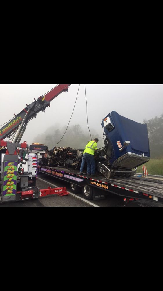 Candido's Towing & Repair: 722 E Mt Vernon St, Somerset, KY