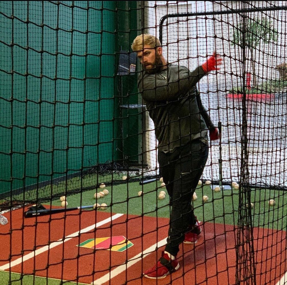 Diamond Kings Batting Cages And Performance Center: 1096 5th St, Calimesa, CA