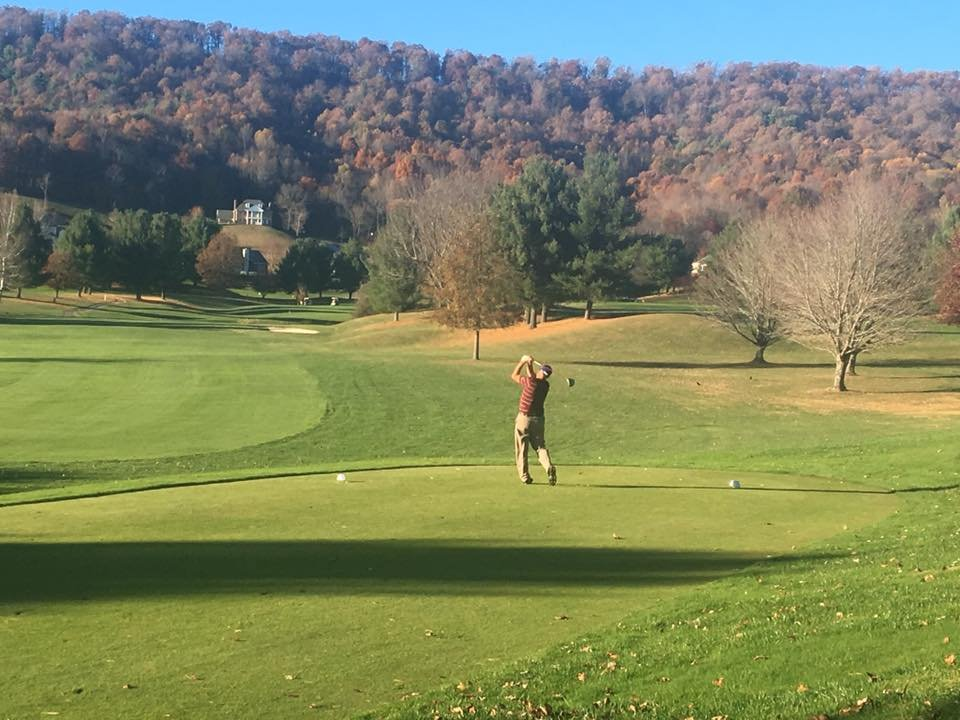 Draper Valley Golf Club: 2800 Big Valley Dr, Draper, VA