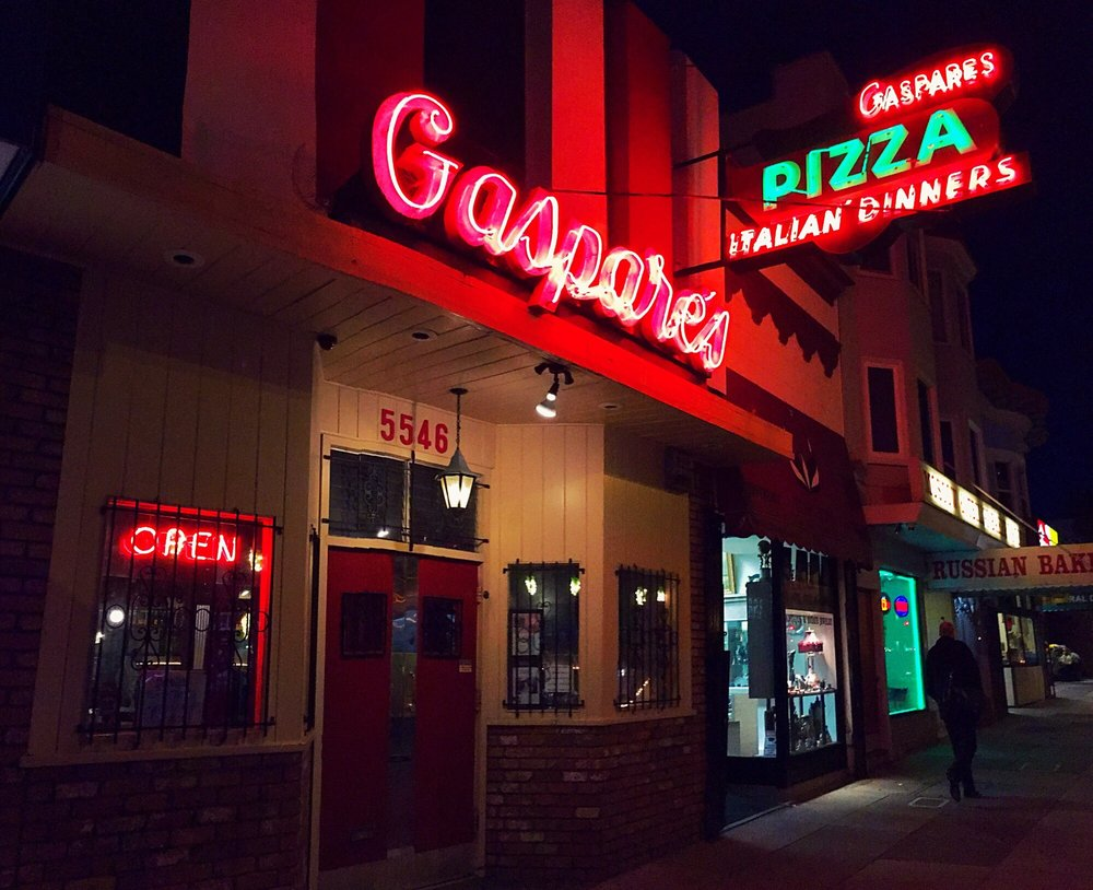 Gaspare s pizza house italian restaurant 238 812 for Classic house of pizza taunton ma