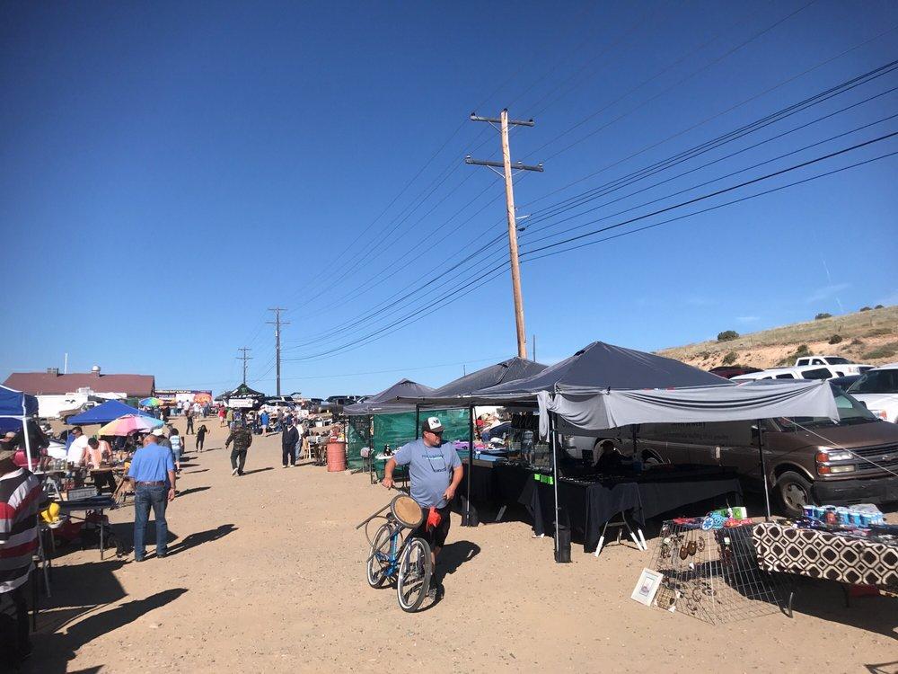 Farmington Flea Market: 7701 E Main St, Farmington, NM