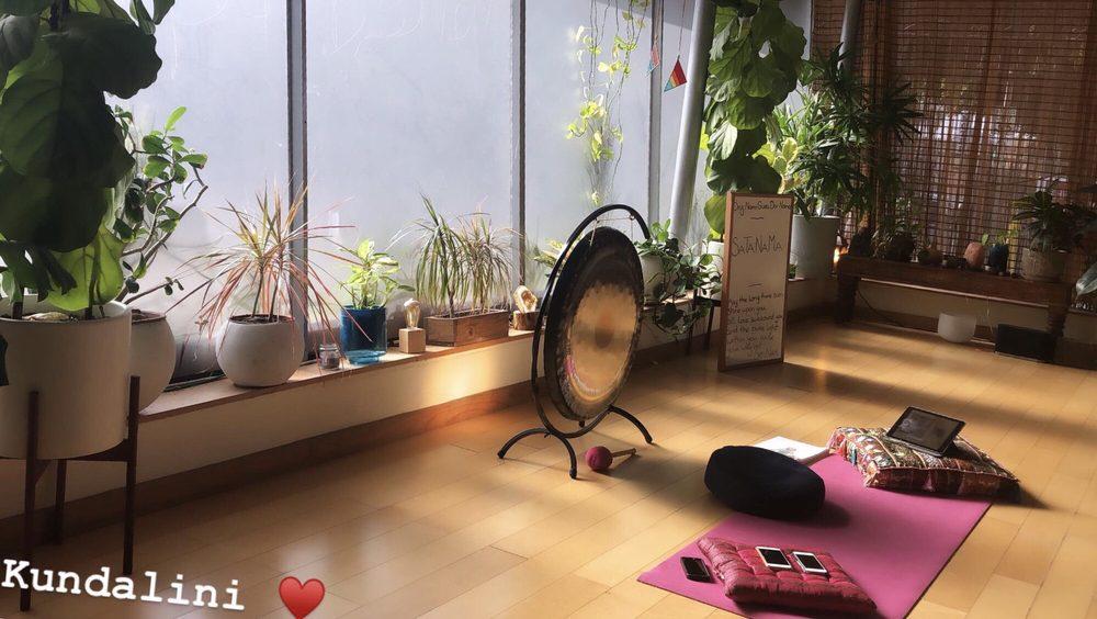 Siesta Yoga