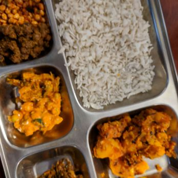 Dhaulagiri Kitchen Manhattan Menu