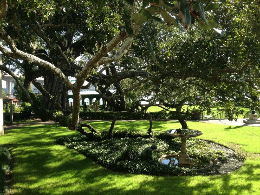 Southern Oak Rambles On Waterfront Garden Yelp