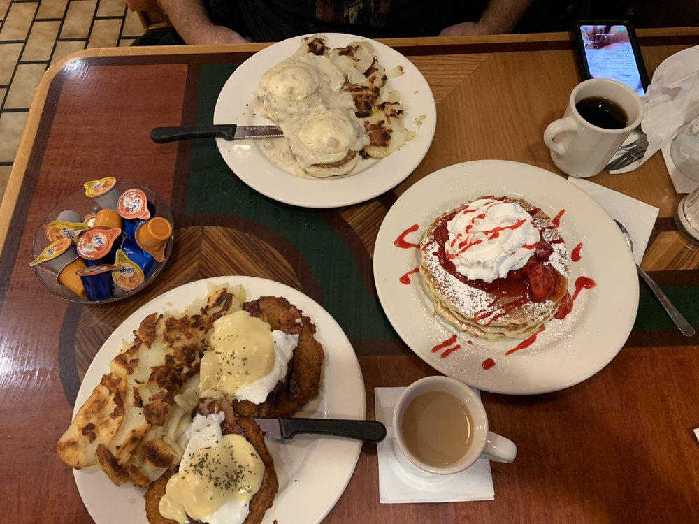 Maple N Jams Cafe: 6814 W 87th St, Burbank, IL