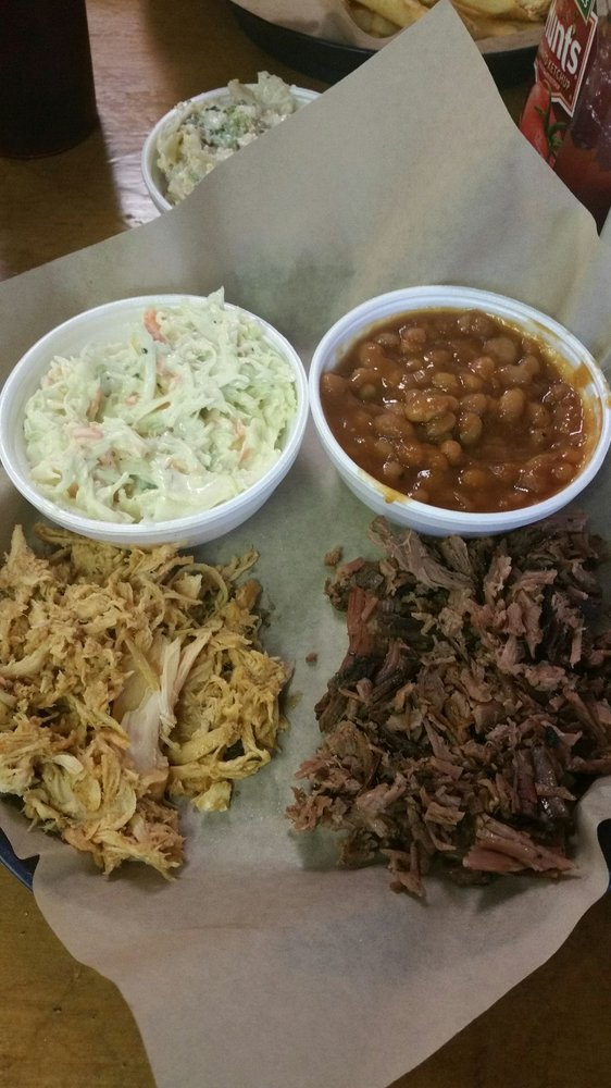 Crooked Road BBQ Company: 9715 Orby Cantrell Hwy, Pound, VA