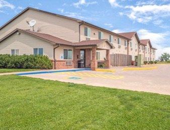 Super 8 by Wyndham Nebraska City: 2103 249th Street, Percival, IA