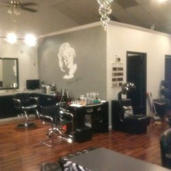 Celebrities salon fris rsalonger 6504 4th st n for 4th street salon