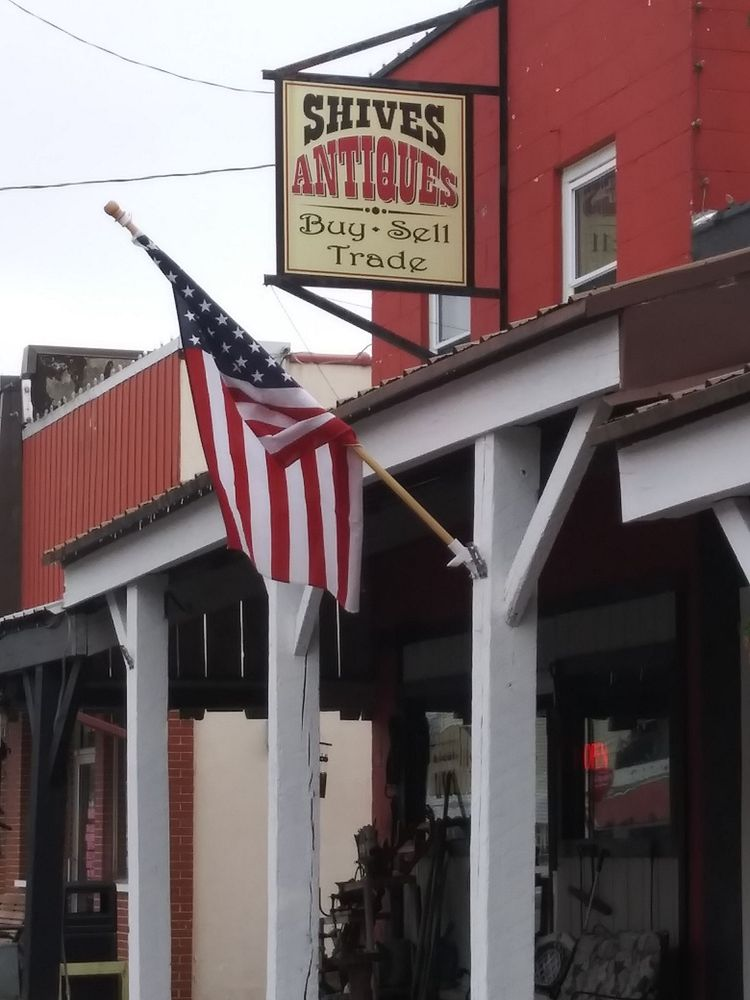 Shives Antiques: 116 E Main St, Thorntown, IN