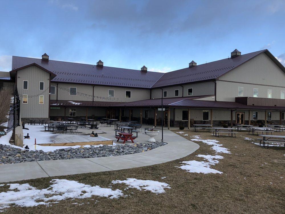 West Oaks Farm Market: 1107 Cedar Creek Grade, Winchester, VA