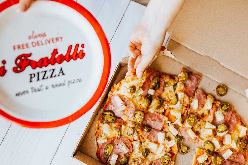 i Fratelli Pizza - Westlake: 3736 Bee Cave Rd, Austin, TX