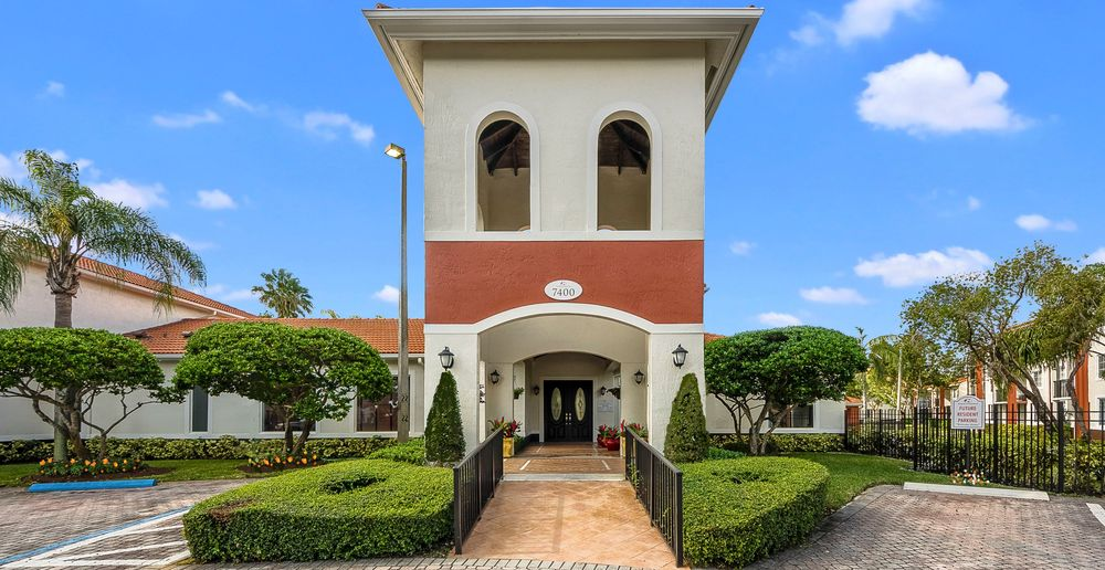 Sunset Gardens Apartments 21 Foto Appartamenti 7400 Sw 107th Ave Miami Fl Stati Uniti