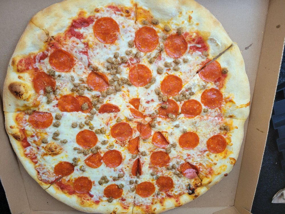 Food from New York Pizzeria