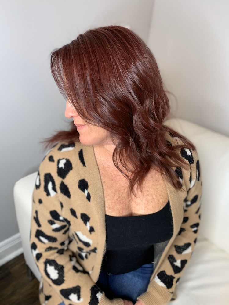 Southern Roots Hair Studio: 6102 Crestwood Station, Crestwood, KY