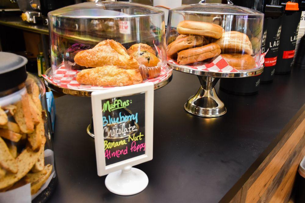 Sweet Pea Takeaway Market