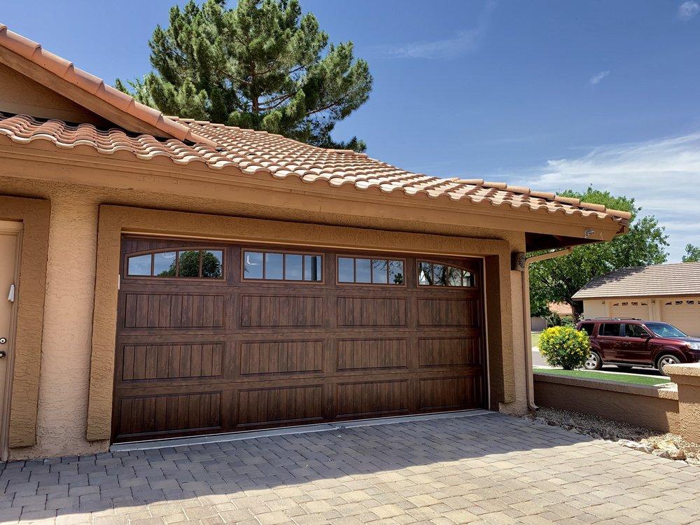 Universal Garage Doors: Tolleson, AZ