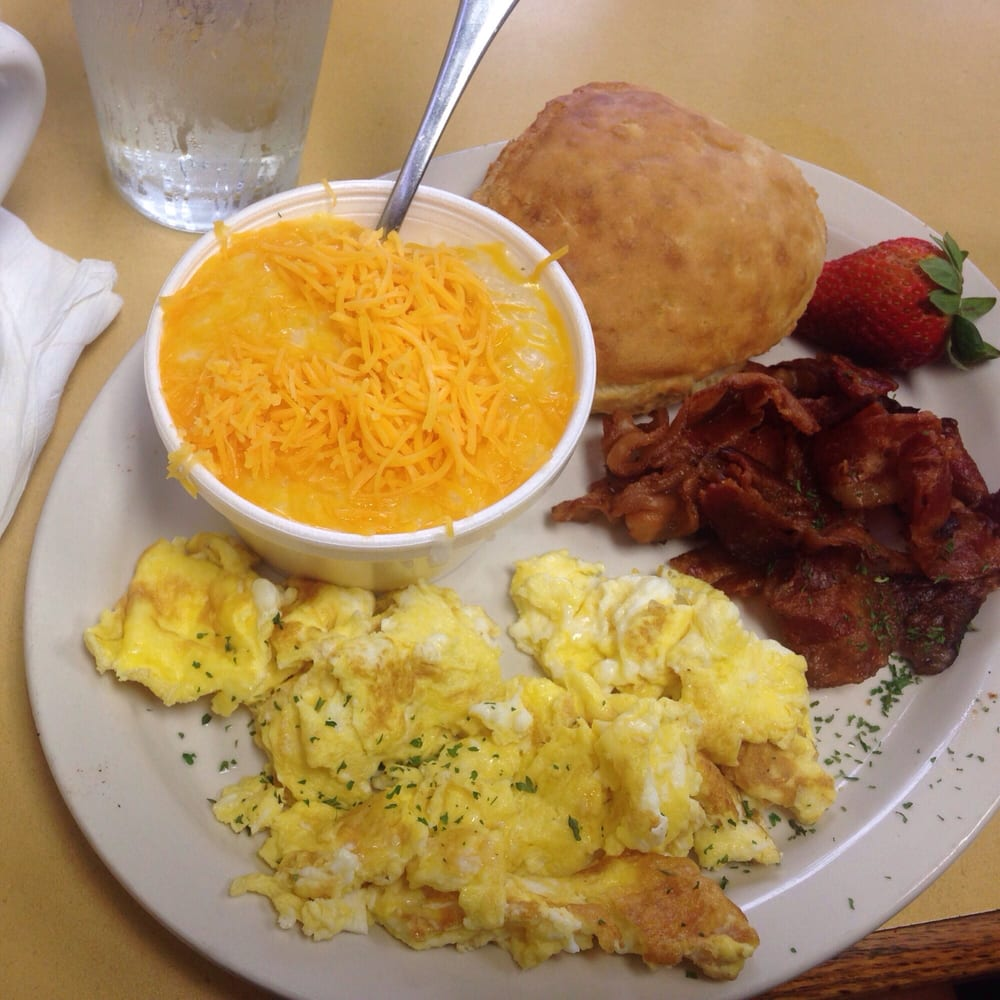 Daisy Dukes Cafe And Delivery   New Orleans La