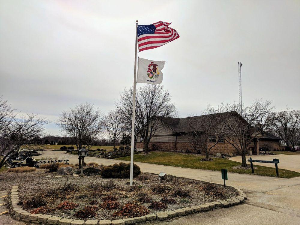 Heritage Bluffs - Public Golf Club: 24355 West Bluff Rd, Channahon, IL