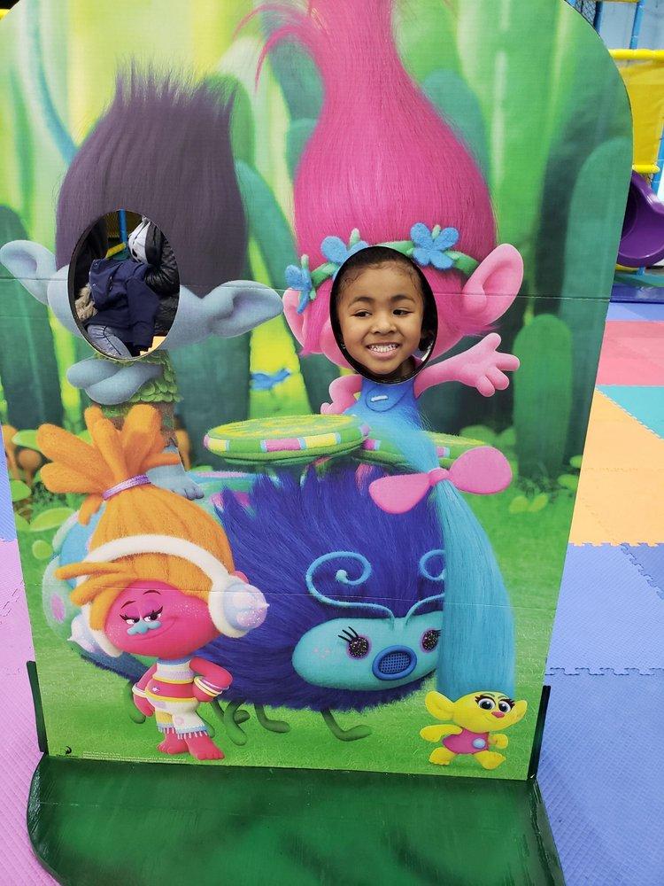 Bette's Family Fun Center: 2971 W Dutton Mill Rd, Aston, PA