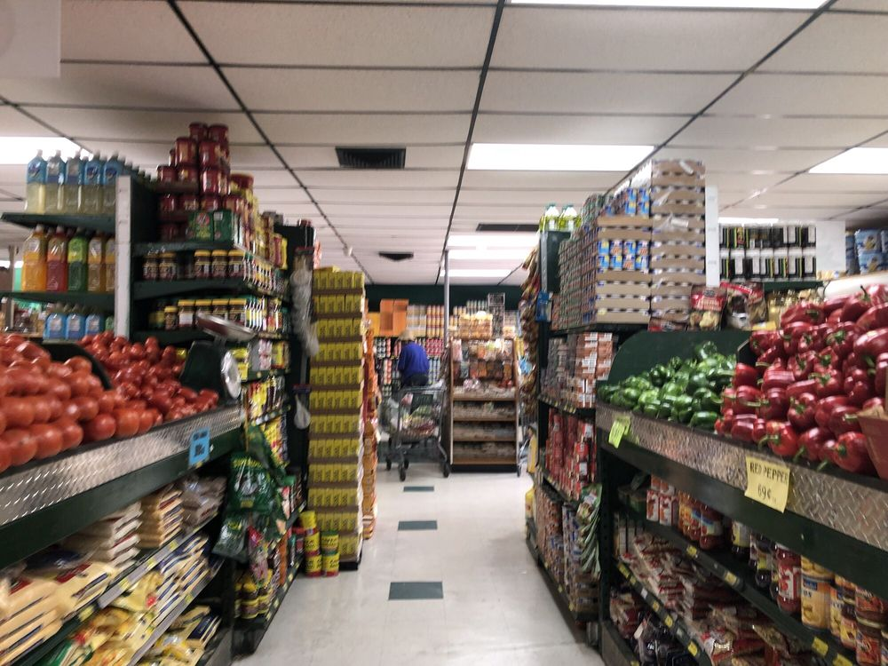 Fancy Fruit and Produce: 10672 E Colonial Dr, Orlando, FL