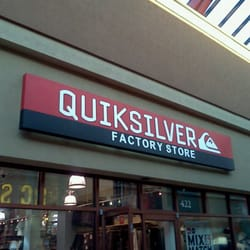 Quiksilver Outlet - Abbigliamento sportivo - 1001 Arney Rd, Woodburn ... 473a3a4d0f