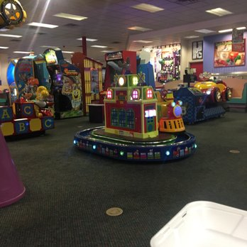 chuck e cheese madison