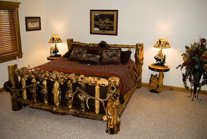 River's Bend Lodge: 57 Seibold Ln, Cascade, MT