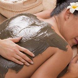 mature round ass massaging