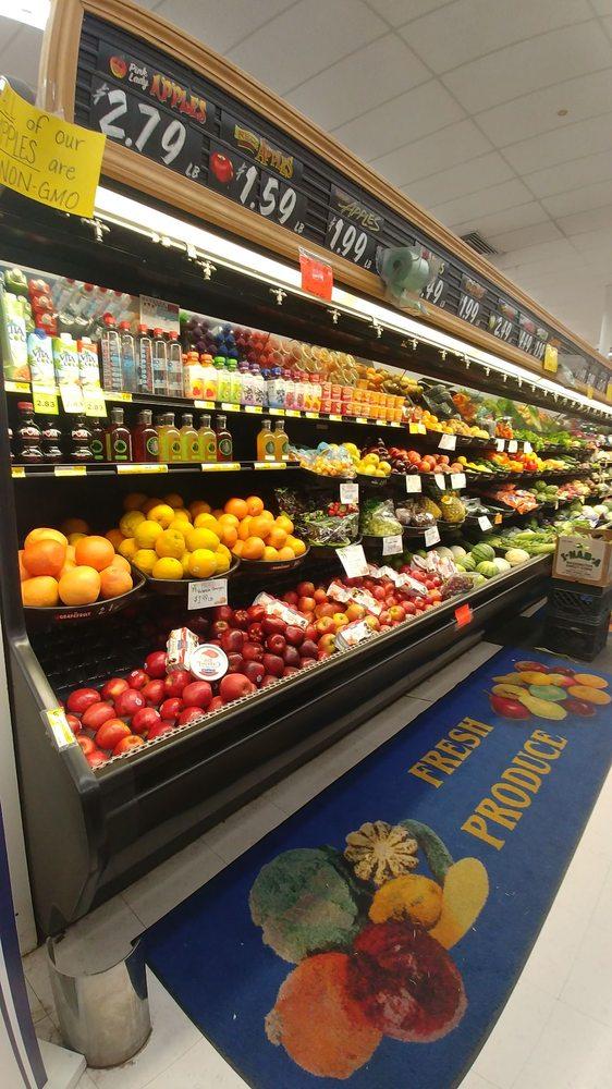 Blacktail Grocery: 105 Stoner Loop Rd, Lakeside, MT