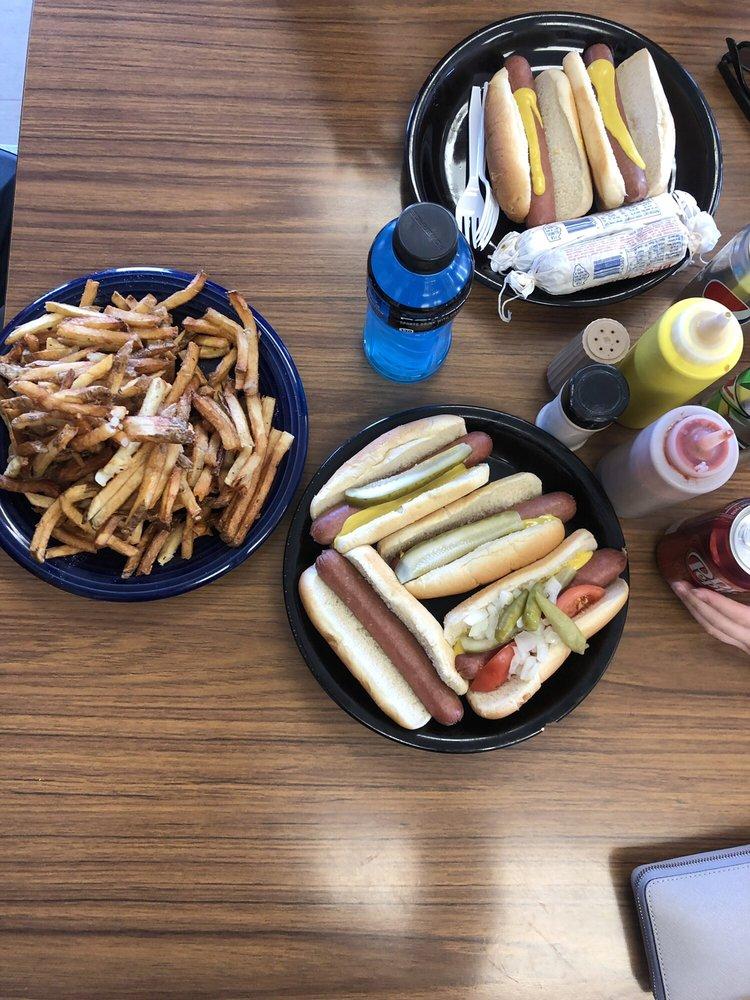 Pete's Famous Hot Dogs: 44W361 Il Rte 64, Maple Park, IL