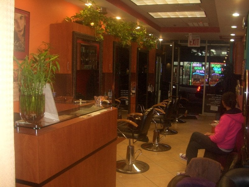 Rita tony s salon 65 w 37th street midtown west for 37th street salon