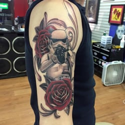 Colorwheel tattoos tatuajes 16 w lancaster ave for Tattoos in reading pa