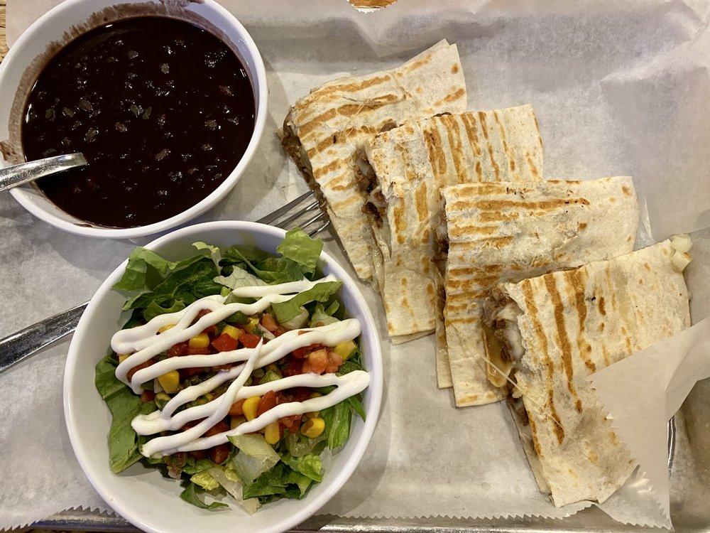 Food from El Macho Taco