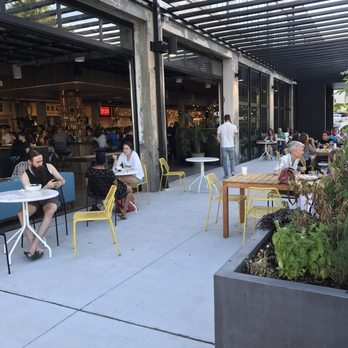 Photo of R. House - Baltimore, MD, United States. Outdoor seating