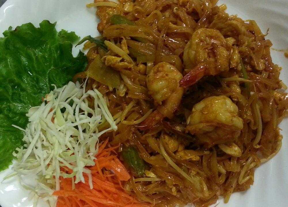 Pad thai with shrimp yelp for 22 thai cuisine yelp