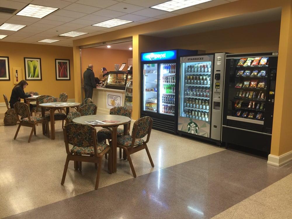 Cobe Cafe: 401 College Ave, Ashland, OH