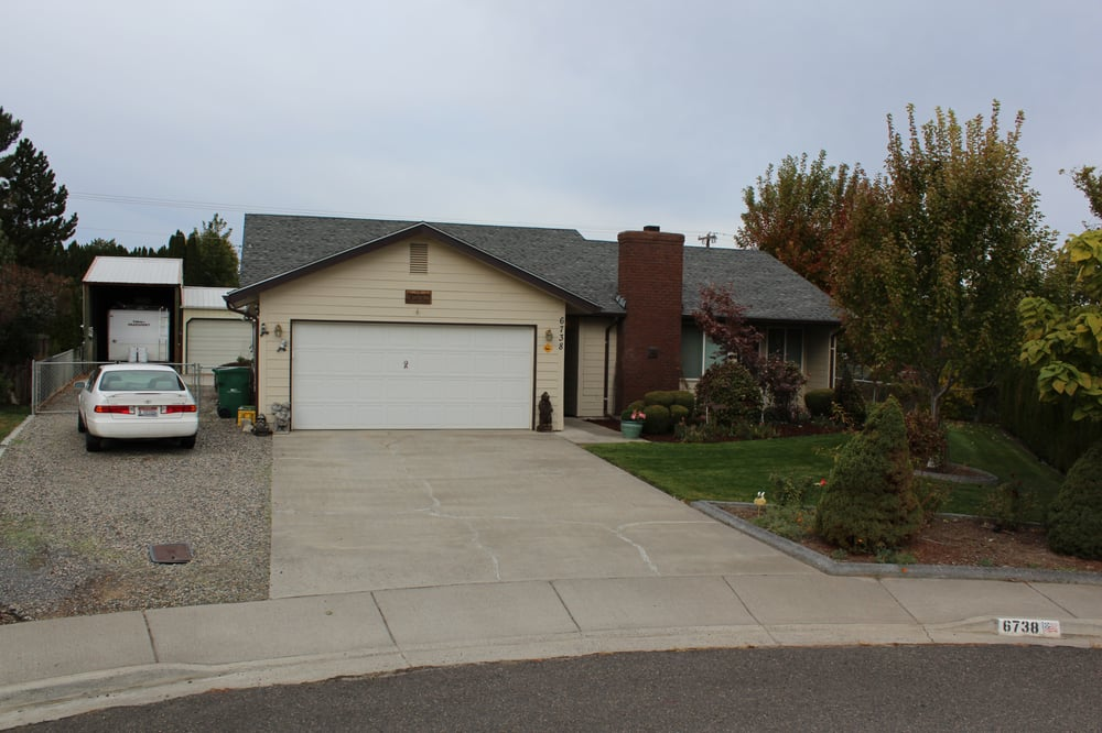 Bob Moon Trusted Real Estate Advisor | 8203 W Quinault Ave, Kennewick, WA, 99336 | +1 (509) 205-9157
