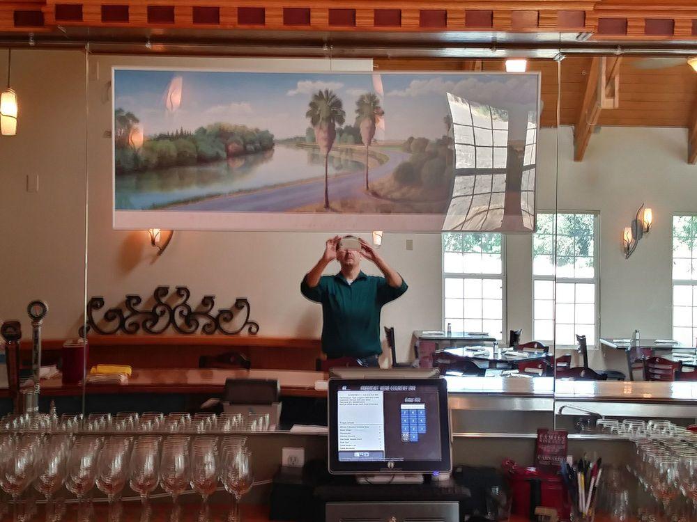 Freeport Wine Country Inn: 8201 Freeport Blvd, Sacramento, CA