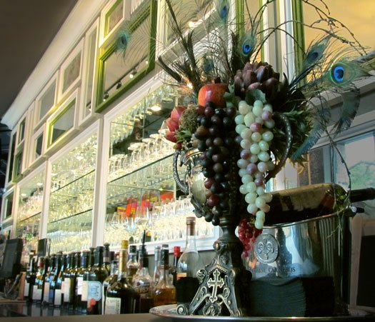 Wine Exchange Bistro & Wine Bar: 1609 W Snow Ave, Tampa, FL