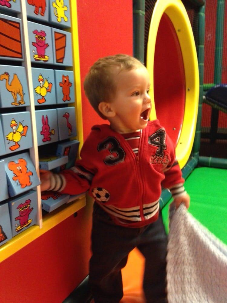 Playtime Party Center: 1225 Wentzville Pkwy, Wentzville, MO
