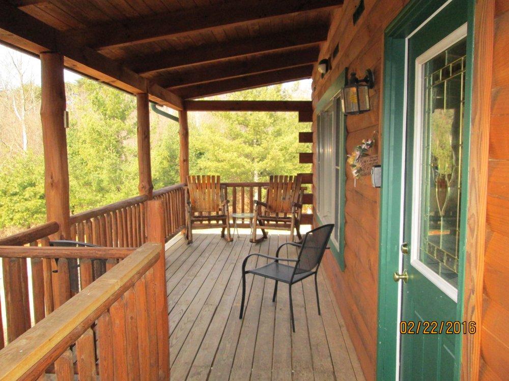 Sunrise Log Cabins: 30080 Phelps Rd, Logan, OH